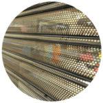 rideau métallique à lame perforée